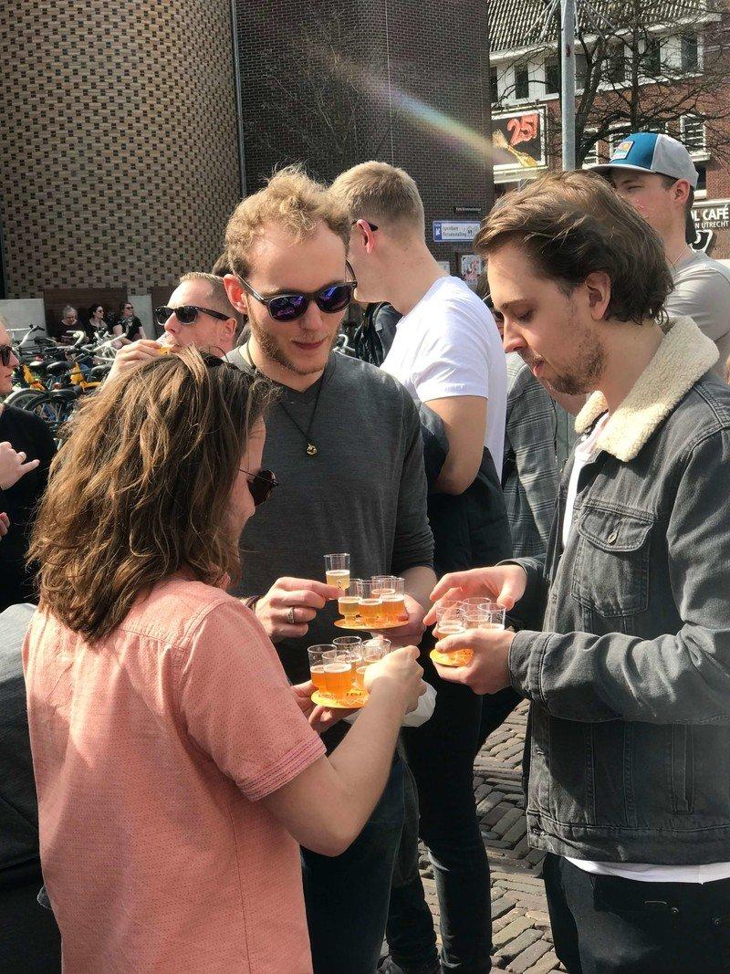 tasting at streek bier festival